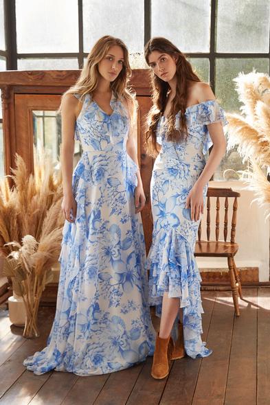 Mavi Çiçek Desenli Kayık Yaka Önü Kısa Arkası Uzun Şifon Elbise
