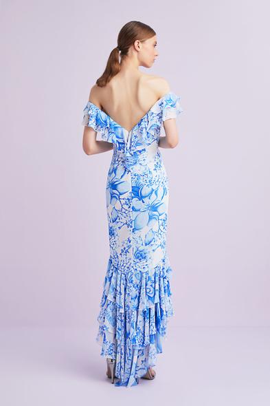 Viola Chan - Mavi Çiçek Desenli Kayık Yaka Önü Kısa Arkası Uzun Şifon Elbise (1)