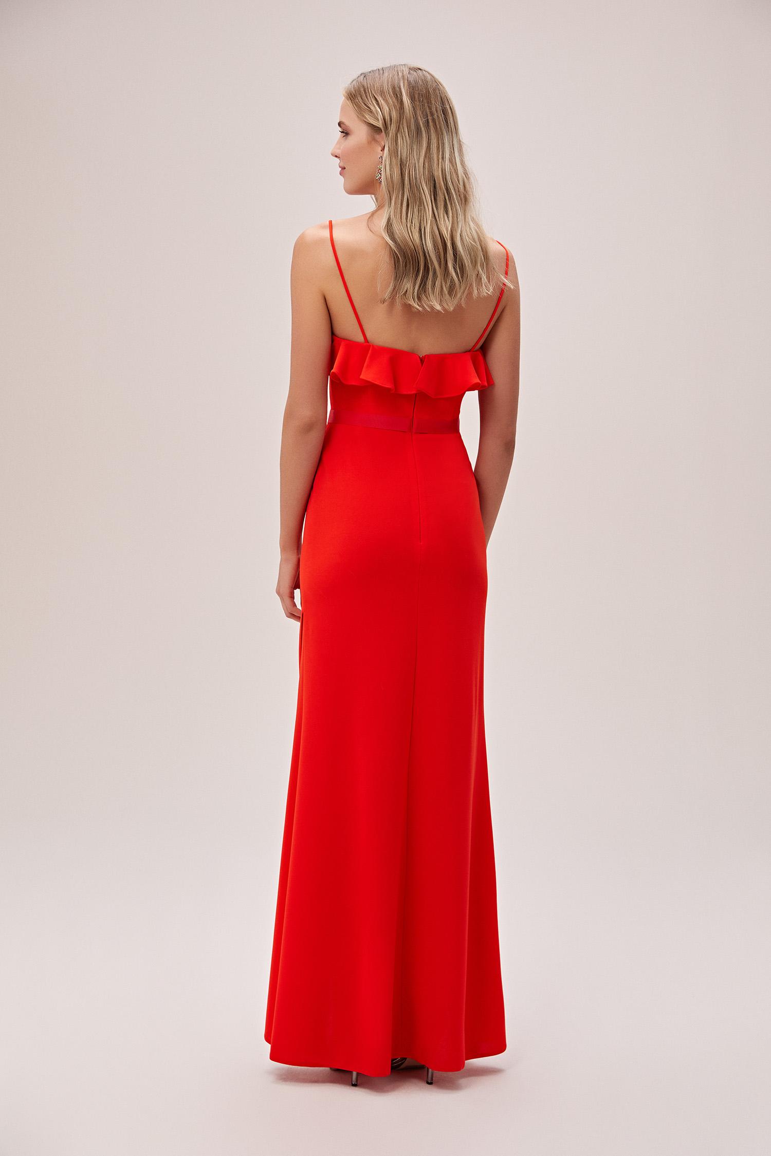 Mercan Kırmızısı İnce Askılı Krep Uzun Abiye Elbise - Thumbnail