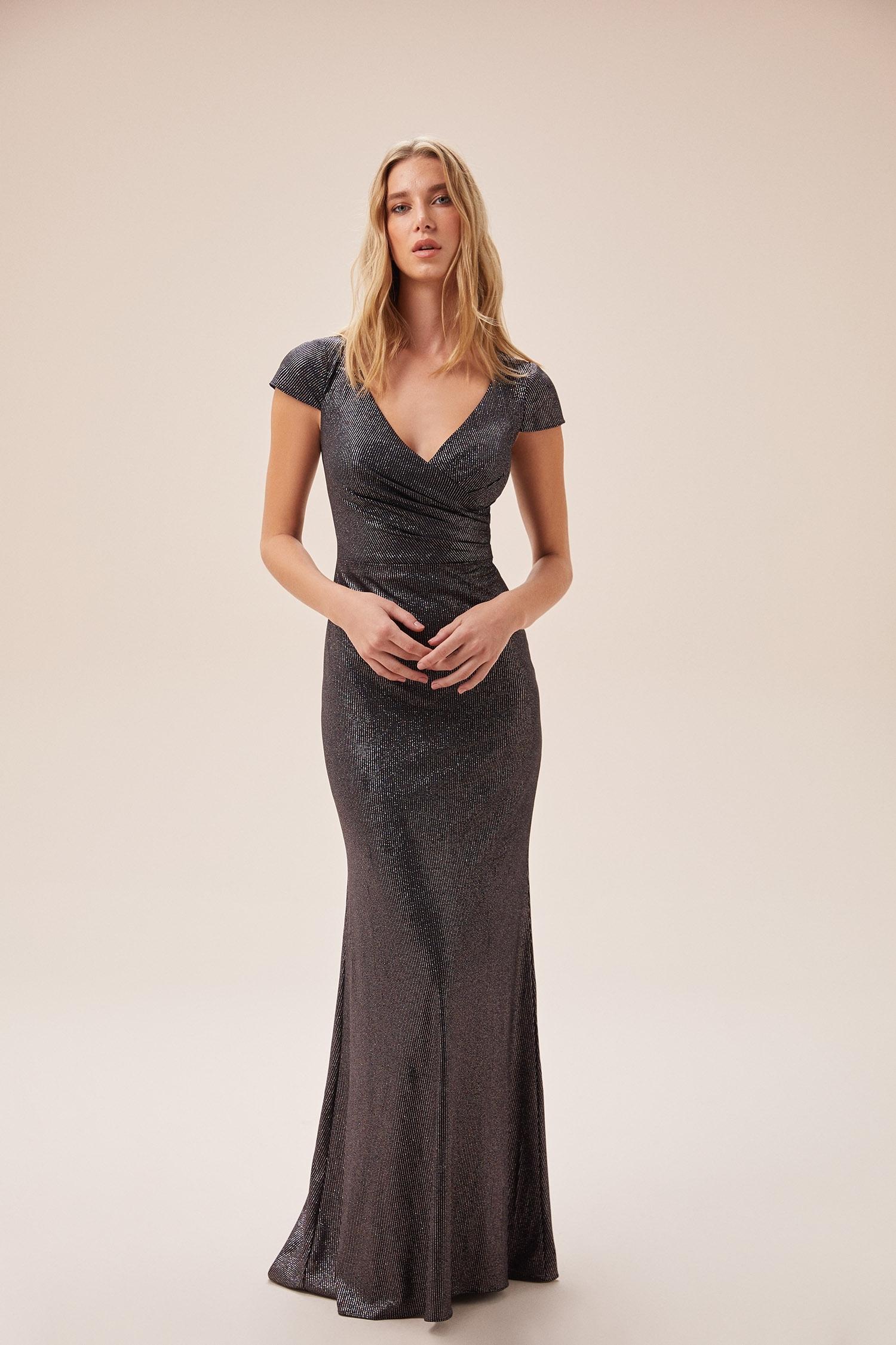 Metalik Siyah Kruvaze Yaka Kap Kol Uzun Abiye Elbise - Thumbnail
