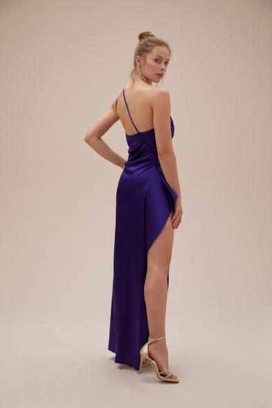 OLEG CASSINI TR - Mor Tek Omuz Derin Yırtmaçlı Saten Elbise (1)