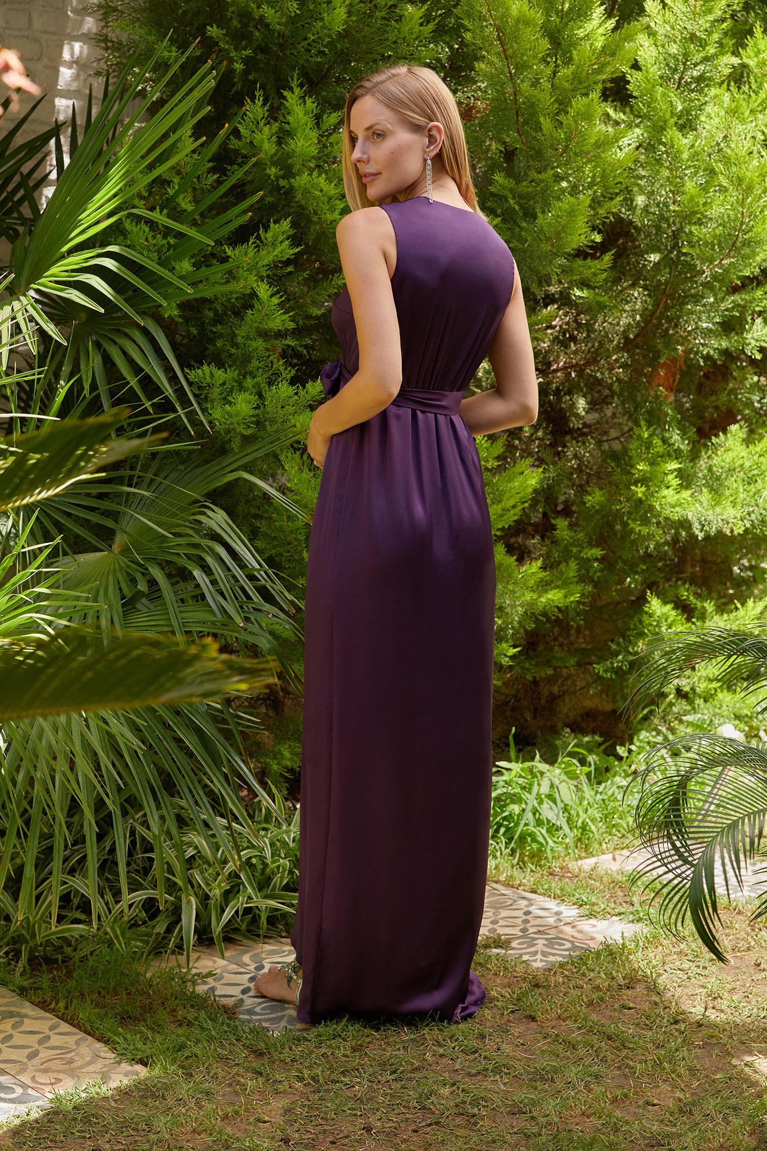Mor V Yaka Uzun Saten Elbise - Thumbnail