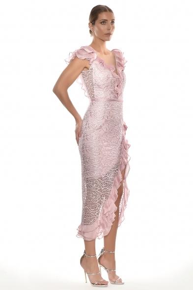 Alfa Beta - Pudra Rengi Dantel İşlemeli Fırfırlı Kap Kol Yırtmaçlı Büyük Beden Elbise