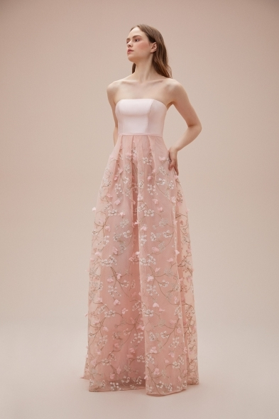 Viola Chan - Pudra Rengi Straplez 3 Boyutlu Uzun Abiye Elbise
