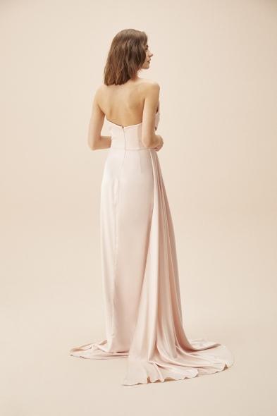 Alfa Beta - Pudra Rengi Straplez Yırtmaçlı Saten Uzun Abiye Elbise (1)