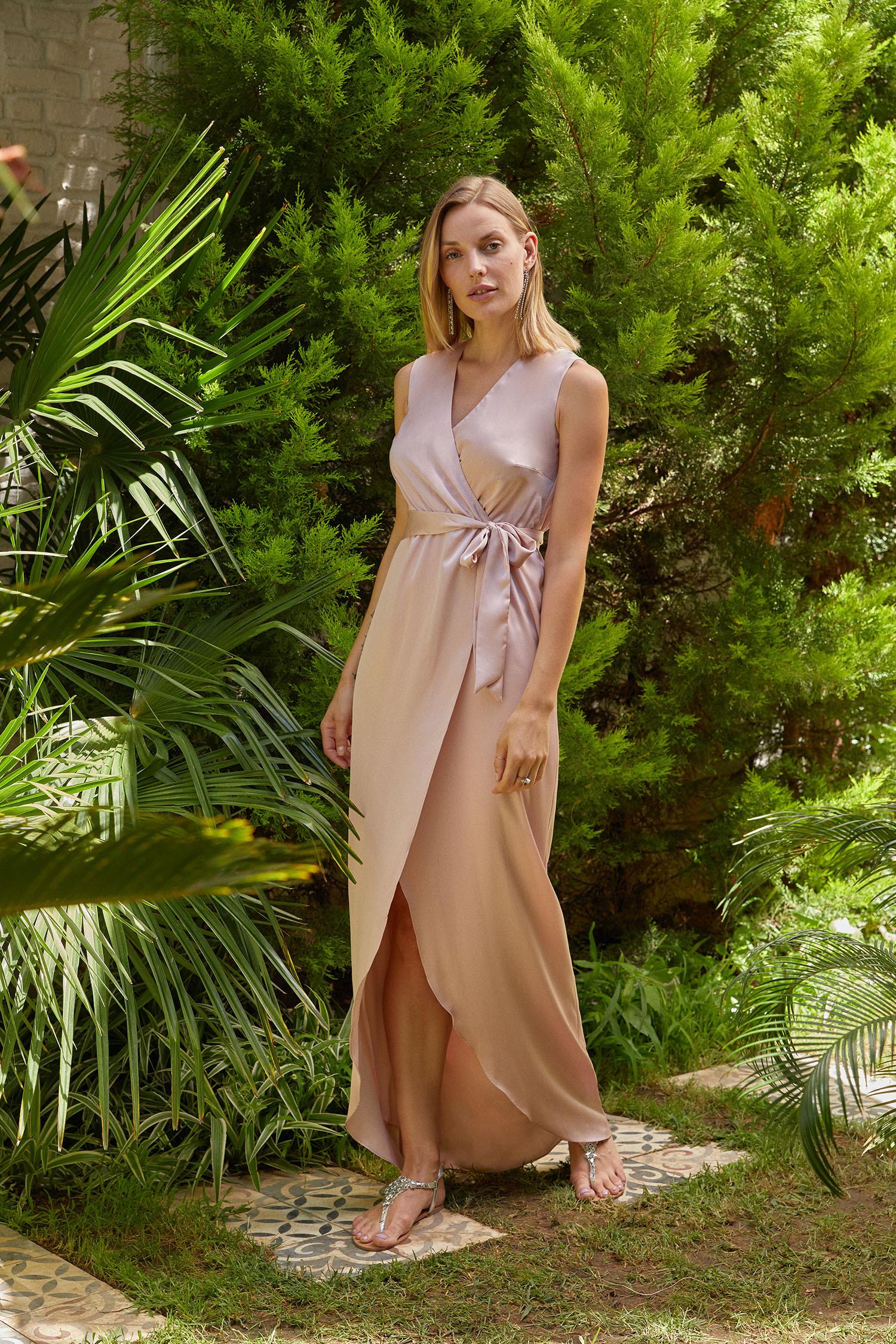 Pudra Rengi V Yaka Uzun Saten Elbise - Thumbnail