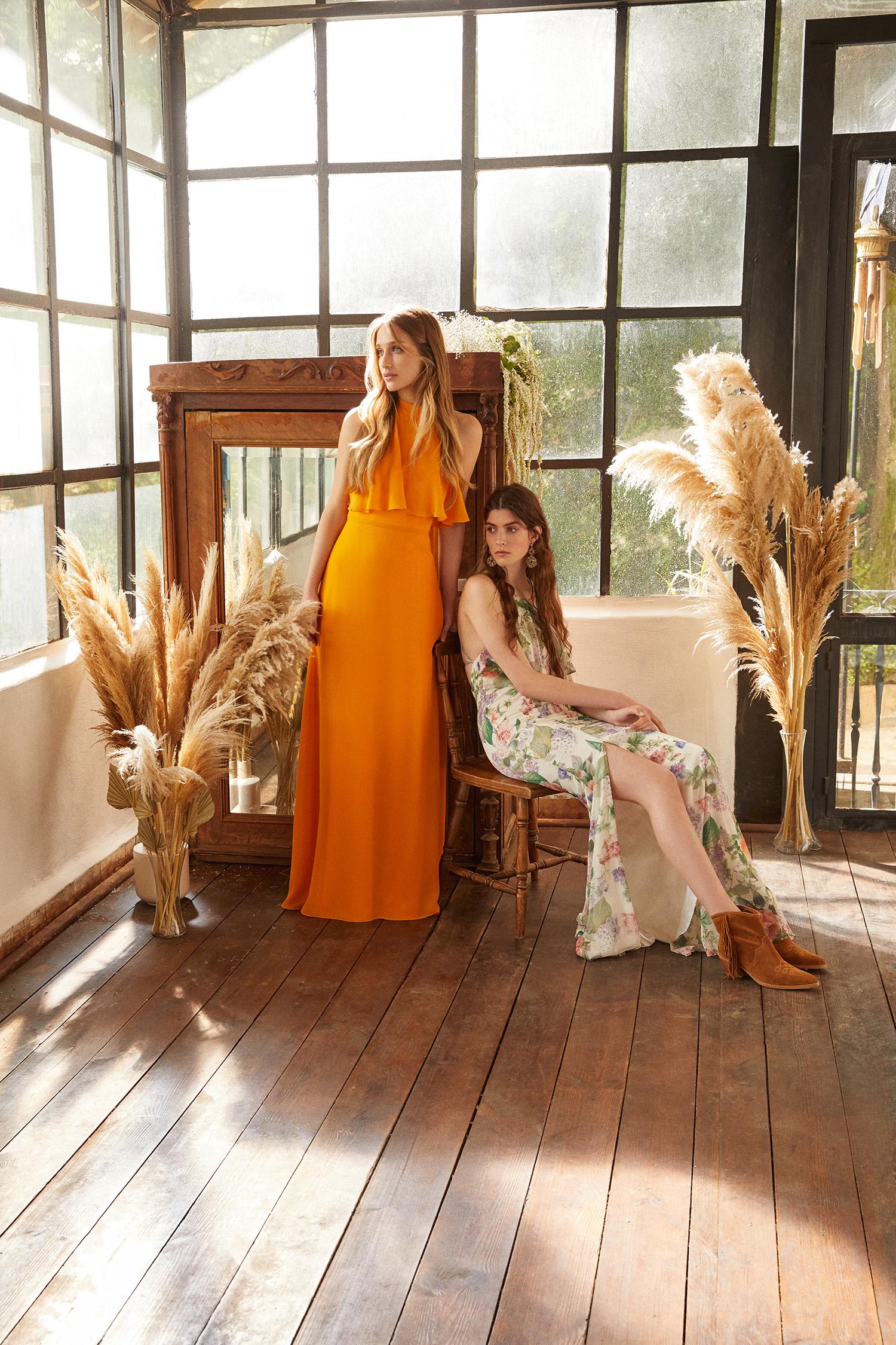 Safran Rengi Halter Yaka Şifon Uzun Abiye Elbise