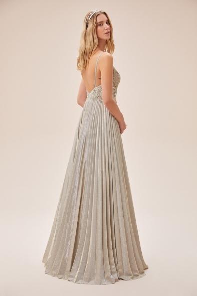 Viola Chan - Şampanya Rengi İnce Askılı Kemer Detaylı Uzun Abiye Elbise (1)