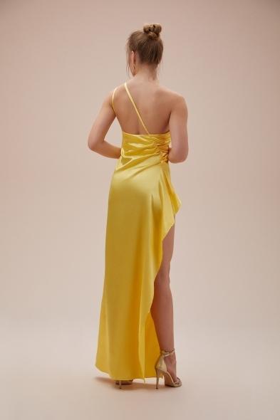 OLEG CASSINI TR - Sarı Tek Omuz Derin Yırtmaçlı Saten Elbise (1)
