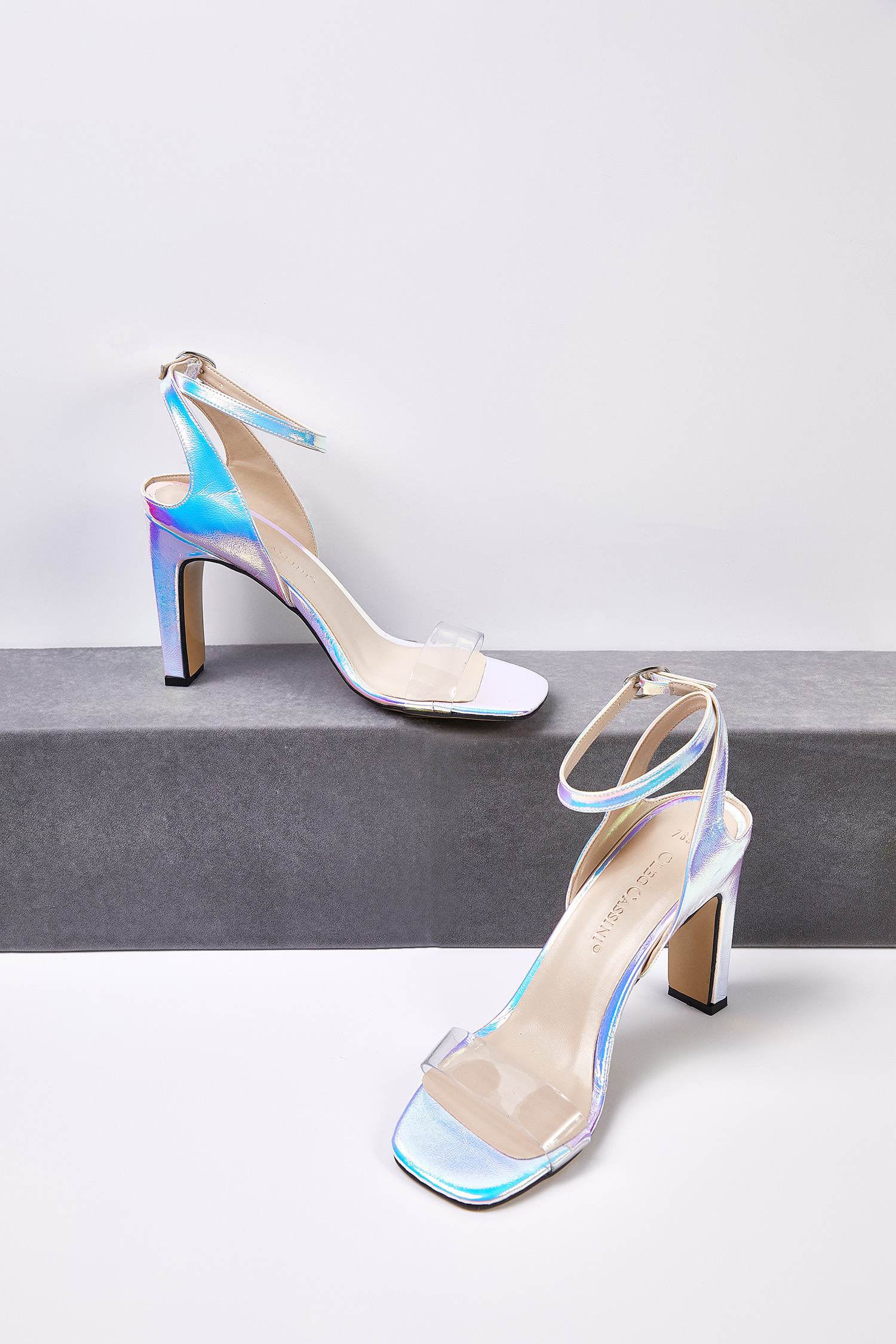 Şeffaf Bantlı Dolgu Topuklu Gelin Ayakkabısı
