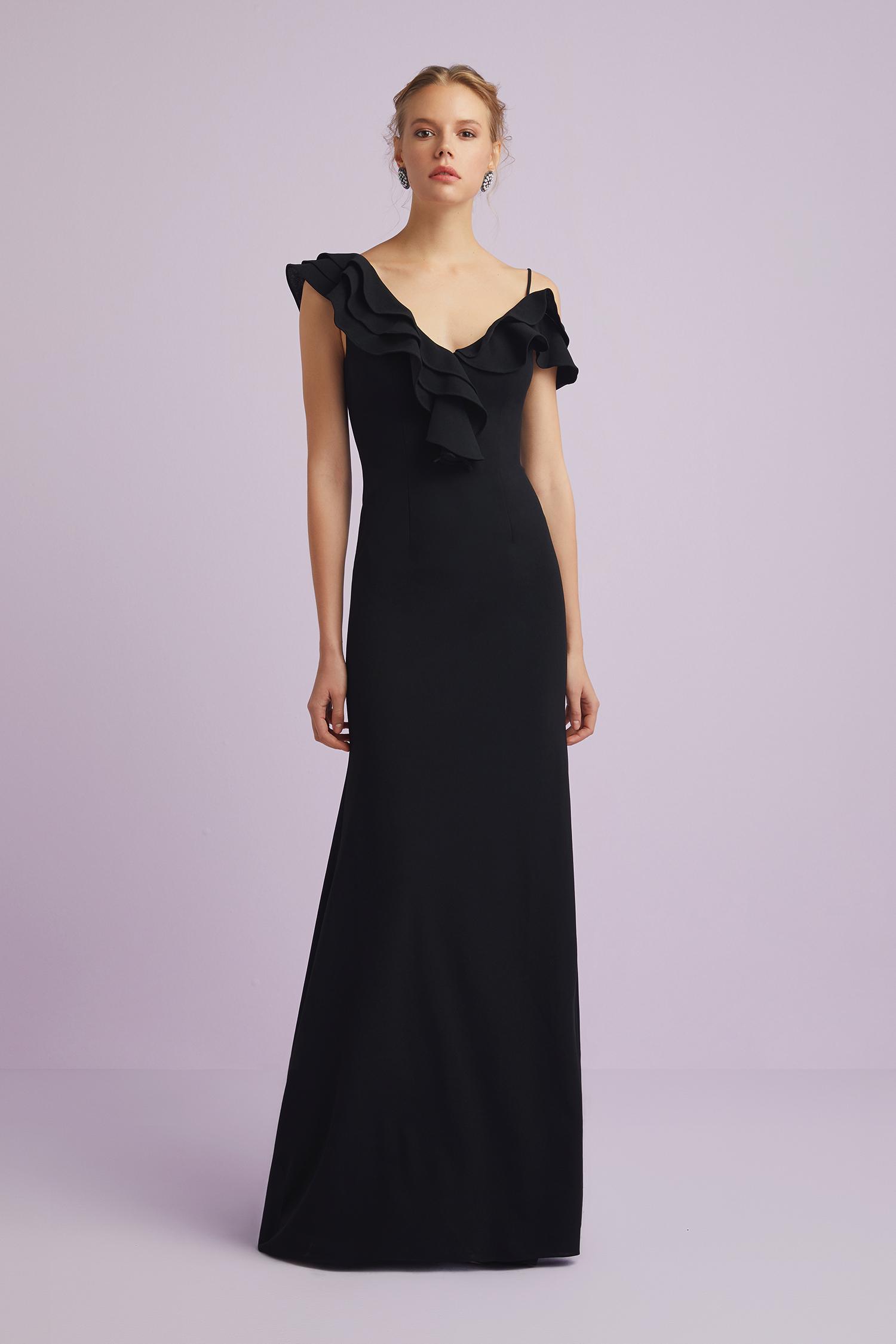 Siyah Askılı Kolları Fırfırlı Abiye Elbise