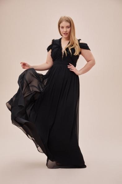 Viola Chan - Siyah Çıkarılabilir Kol Detaylı Şifon Uzun Büyük Beden Elbise