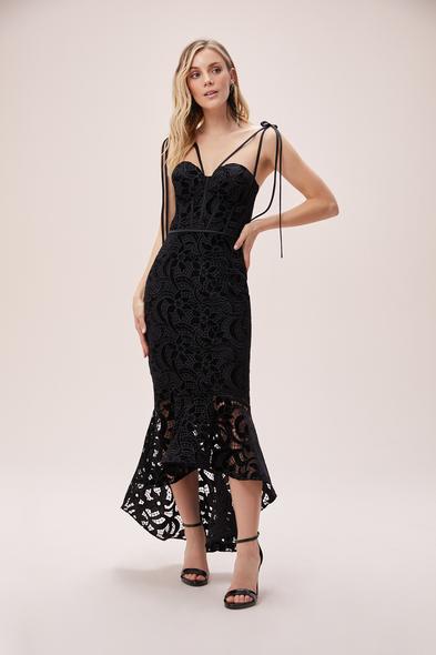 Alfa Beta - Siyah Çapraz Askılı Dantelli Önü Kısa Arkası Uzun Elbise