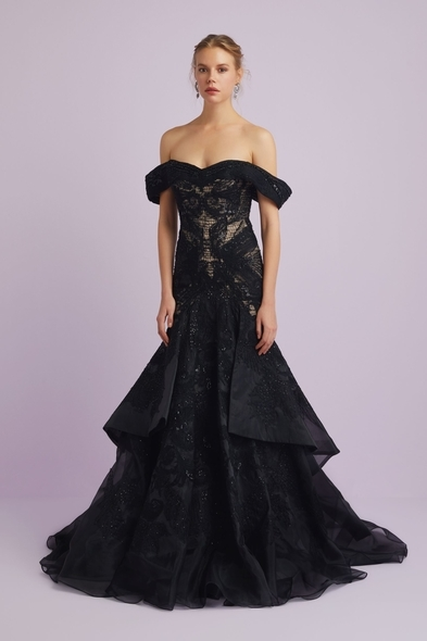 - Siyah Dantel İşlemeli Abiye Elbise - Oleg Cassini