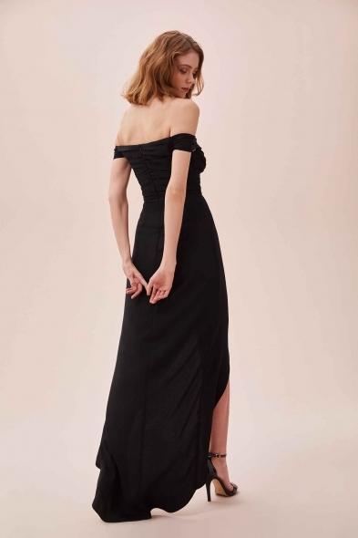 OLEG CASSINI TR - Siyah Düşük Omuzlu Yırtmaçlı Uzun Şifon Elbise (1)