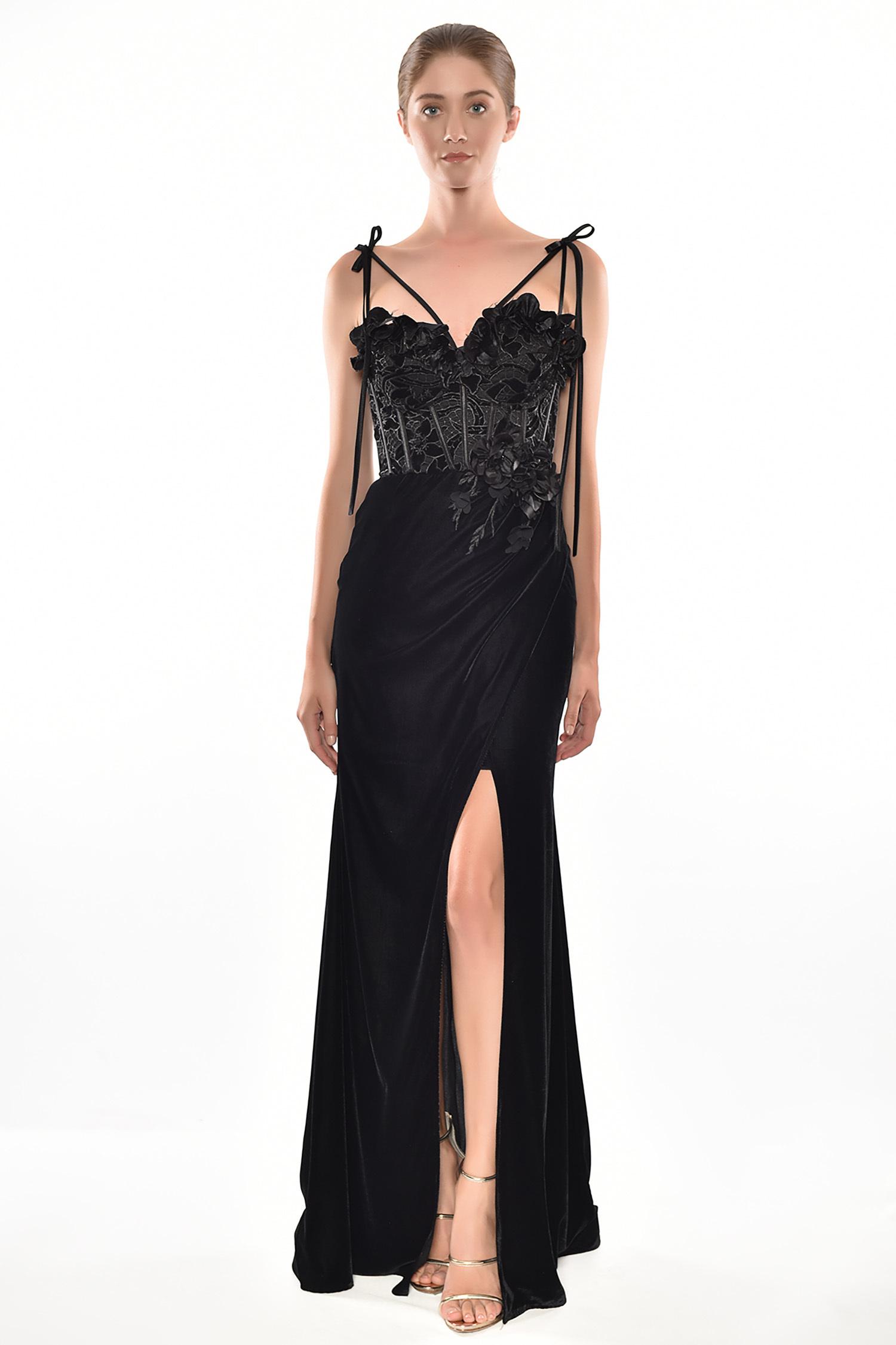 Alfa Beta - Siyah İnce Askılı Güpürlü Kadife Etekli Uzun Elbise