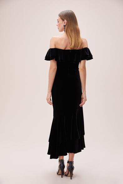 Alfa Beta - Siyah Kayık Yaka Kadife Önü Kısa Arkası Uzun Büyük Beden Elbise (1)
