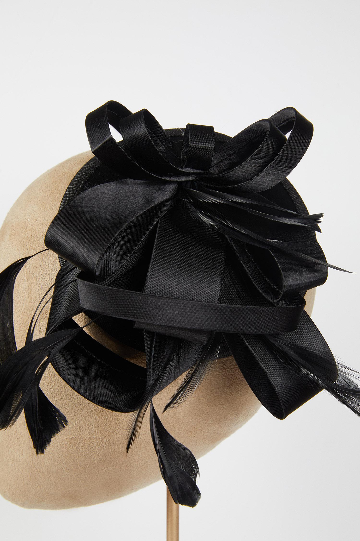 Siyah Saten Gelin Şapkası - Thumbnail