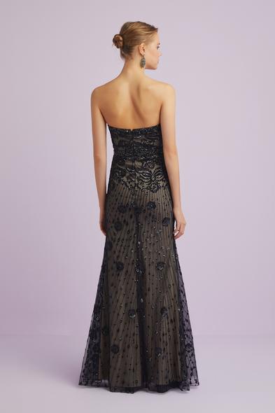 Viola Chan - Siyah Straplez Dantel İşlemeli Uzun Abiye Elbise (1)