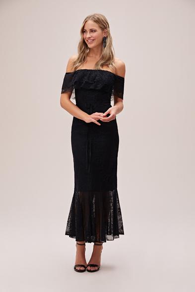 Viola Chan - Siyah Straplez Dantel İşlemeli Güpürlü Abiye Elbise (1)