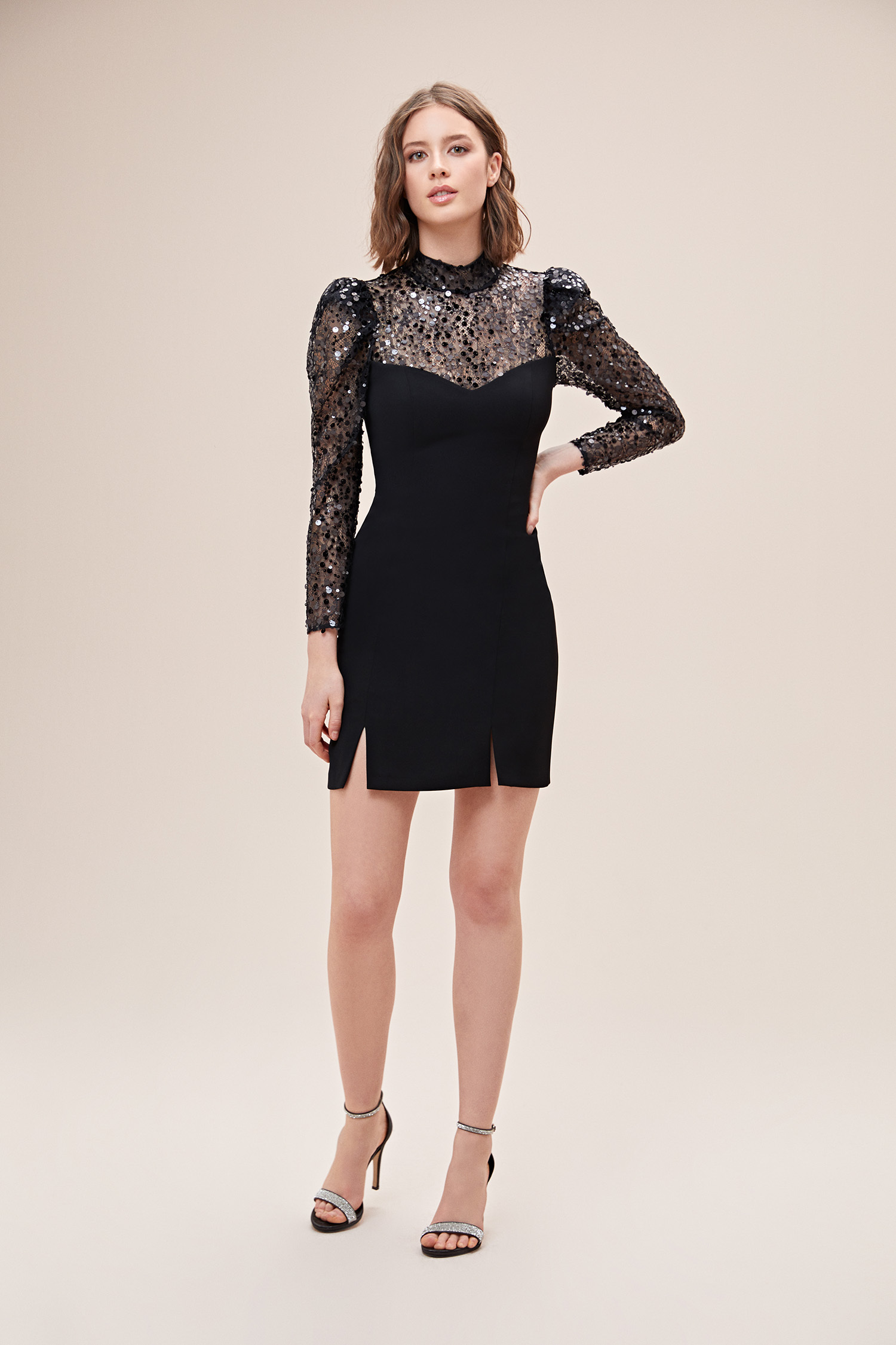 Siyah Uzun Kollu Pullu Jarse Mini Elbise - Thumbnail
