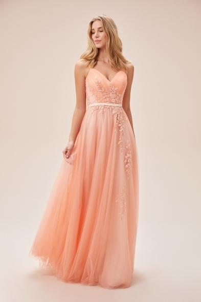 Viola Chan - Somon Rengi Askılı Dantel İşlemeli Uzun Tül Elbise