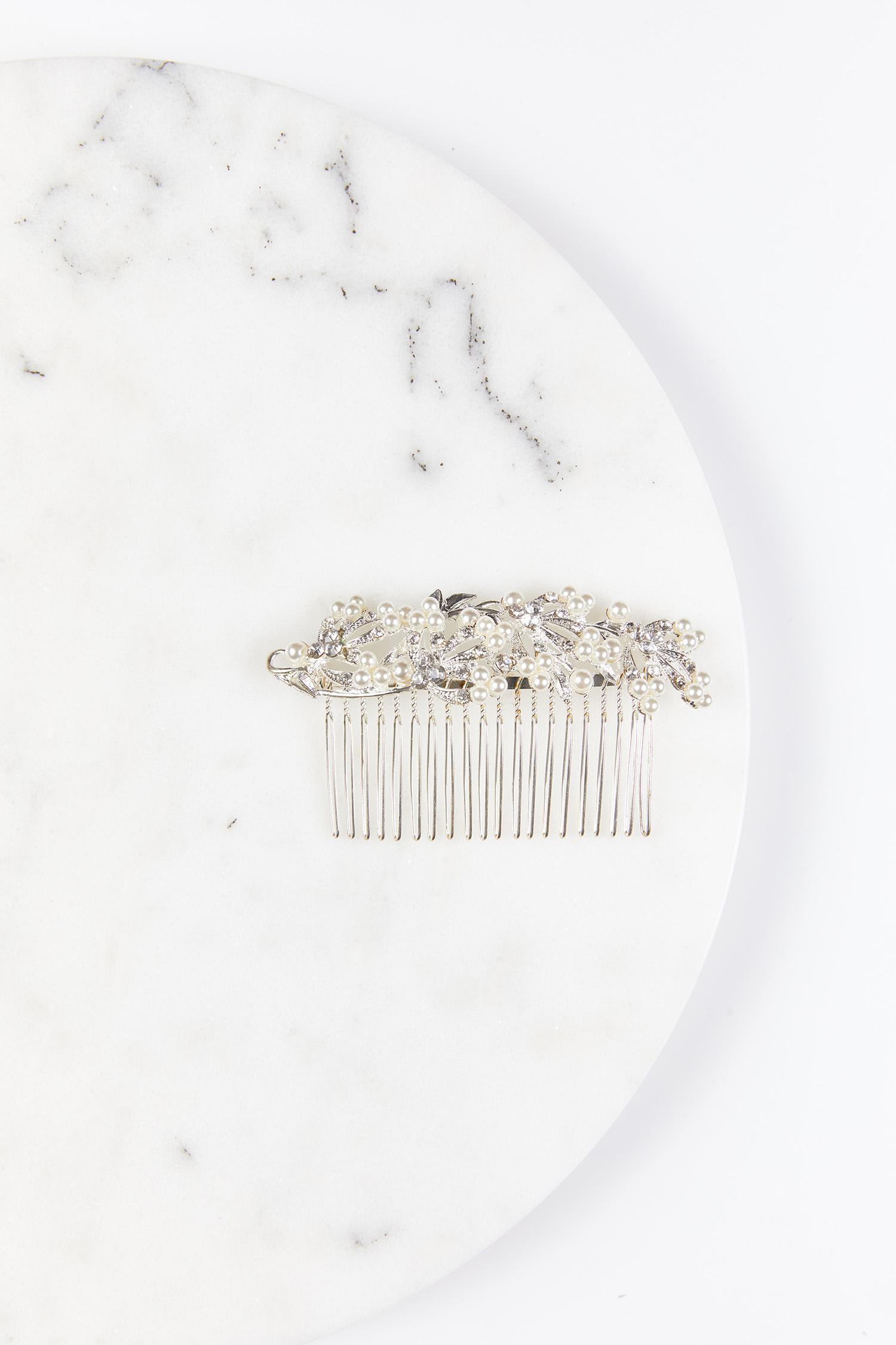 Gümüş Rengi İnci Boncuk Taraklı Saç Tokası