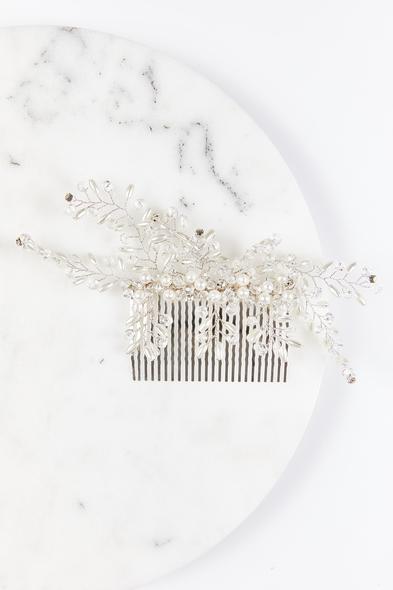 OLEG CASSINI TR - Taraklı Saç Tokası Gümüş Rengi İncili (1)