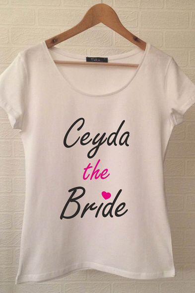 Ukdedesign - The Bride T-shirt