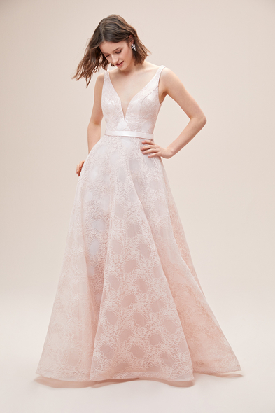 Viola Chan - Toz Pembe Askılı Sırt Dekolteli Romantik Abiye Elbise (1)