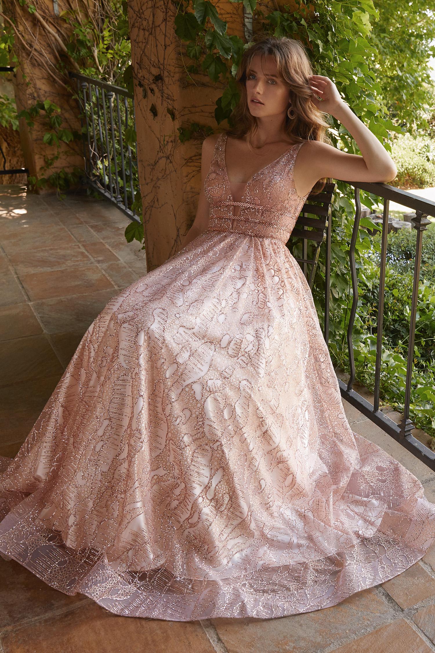 Toz Pembe V Yaka Askılı Romantik Abiye Elbise - Thumbnail