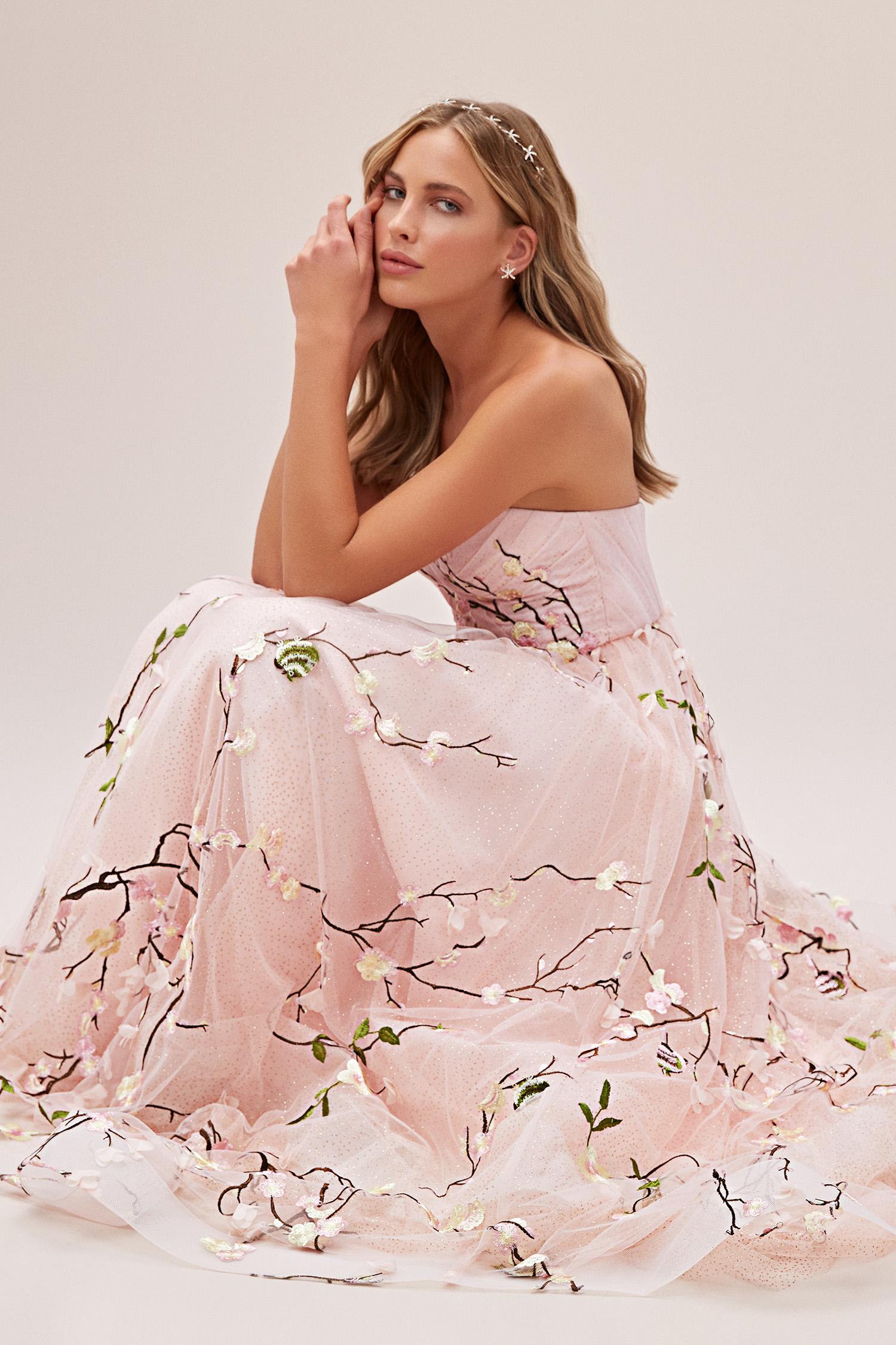 Toz Pembe Straplez Çiçek İşlemeli Tül Romantik Abiye - Thumbnail
