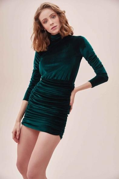 OLEG CASSINI TR - Yeşil Yüksek Yaka Uzun Kollu Büzgülü Mini Kadife Elbise