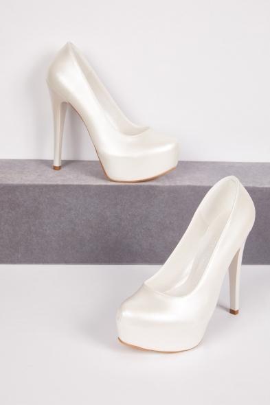 OLEG CASSINI TR - Yüksek Topuklu Önü Kapalı Beyaz Gelin Ayakkabısı